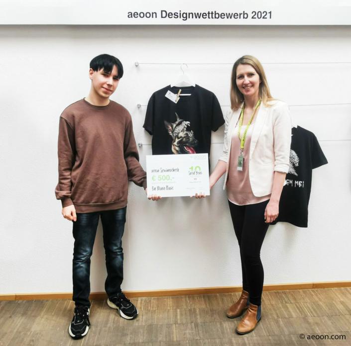 aeoon Preisübergabe Designwettbewerb 2021